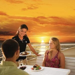 Lahaina, Maui, Hawaii, sunset dinner cruise, catamaran, travel, things to do, family, fun, kids, children, coupon, coupons, discount