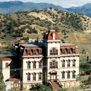 Virginia City, Nevada, sightseeing, Mark Twain, historic site, things to do, family fun, children, kids, travel, coupon, coupons, save