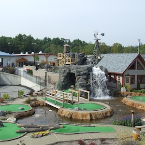 Queensbury, New York, mini golf, amusement park, things to do, vacation, travel, family fun, children, kids, coupon, coupons, discount