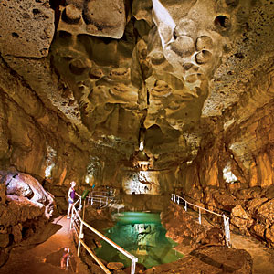 Boerne, Texas, cave, cavern, travel, family fun, children, kids, coupon, coupons, save