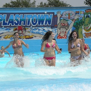 San Antonio, Texas, waterpark, water slide, theme park, amusement park, children, travel, family fun, kids, coupon, coupons, save