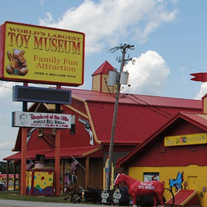 Savings coupon for the World's Largest Toy Museum in Branson, Missouri - family fun, kids, #familytravel